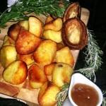 Fluffy Roast Potatoes And Gravy
